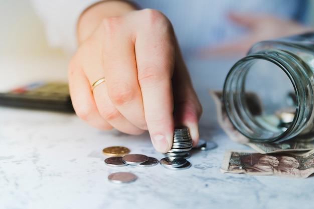 Risparmio di conteggio delle mani