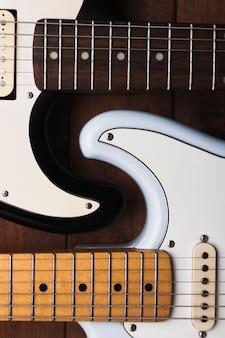 Ritaglia le chitarre elettriche