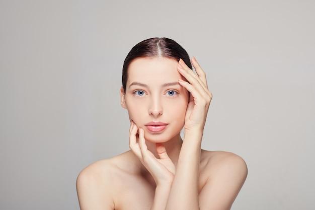 Ritratto di bellezza donna viso