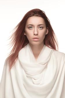 Ritratto di donna di moda. bellissima modella.