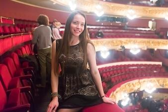 Ritratto di donna nel gran teatre del liceu