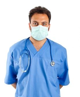 Ritratto di infermiere maschio