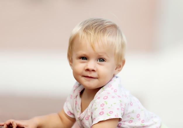 Ritratto di ourfoor del bambino