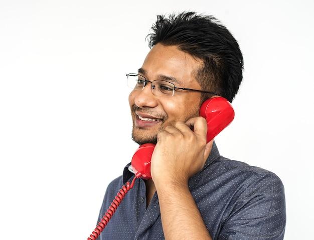 Ritratto di un uomo al telefono