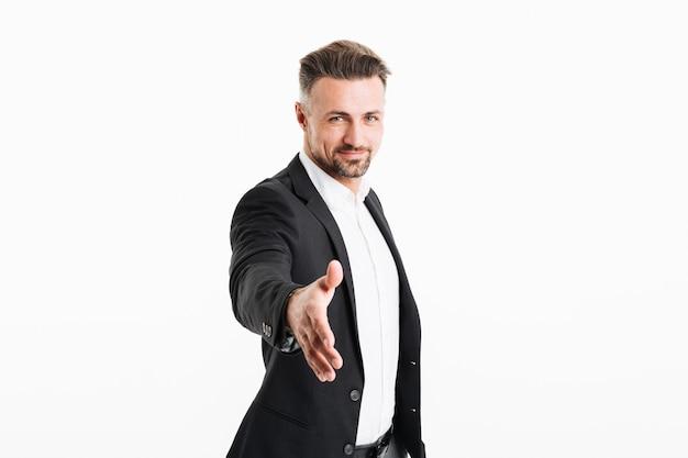 Ritratto di un uomo d'affari maturo sorridente