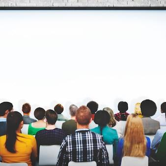 Riunione di conferenza che impara concetto del pubblico di presentazione
