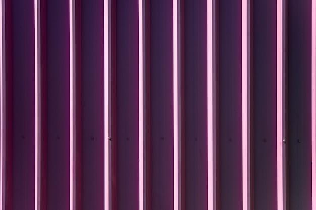 Rivestimenti di pannelli in metallo viola trama verticale