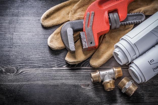 Rotoli del modello dei guanti di sicurezza degli apparecchi idraulici di rame della chiave inglese