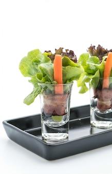 Rotolo di insalata con pancetta