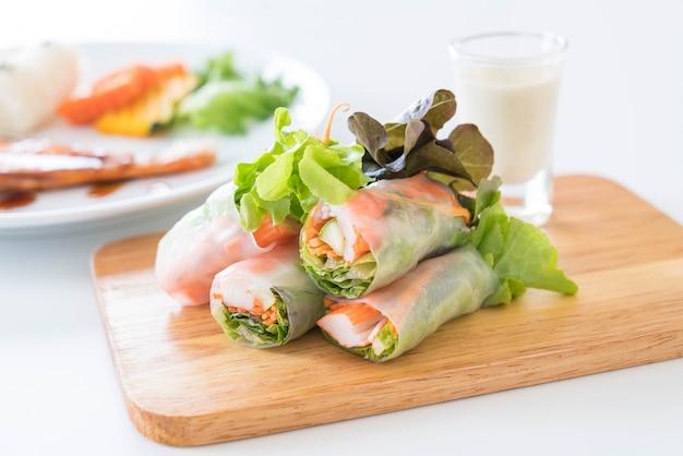 Rotolo di primavera noodle di verdure