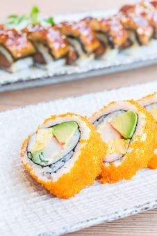 Rotolo di sushi della california