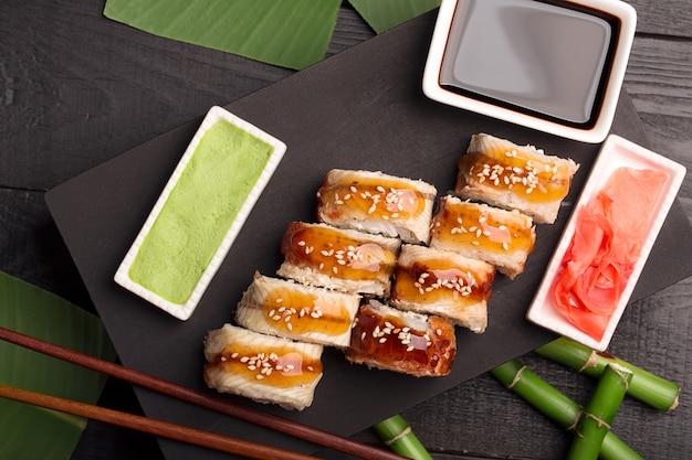 Rotolo di sushi dragon