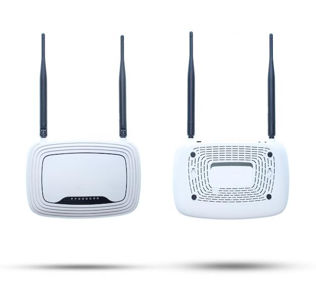 Router di wi-fi di due antenne isolato su bianco.