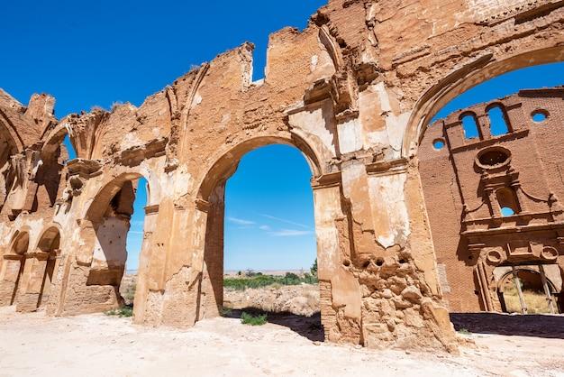 Rovine di belchite, in spagna, città dell'aragona completamente distrutta durante la guerra civile spagnola.