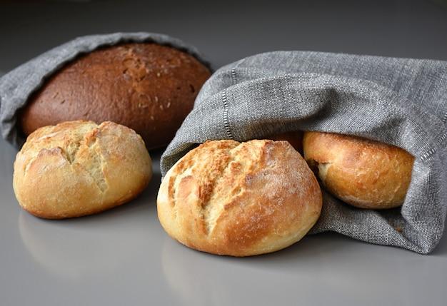 Sacchetti di pane riutilizzabili a zero rifiuti di lino.