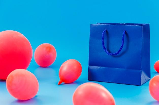 Sacchetto regalo di compleanno con palloncini