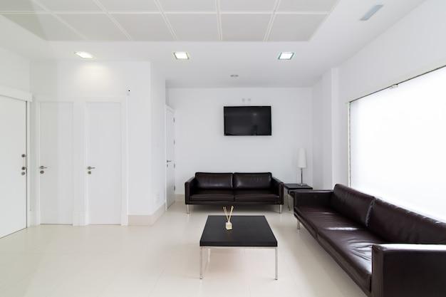 Sala d'attesa nella moderna clinica dentale