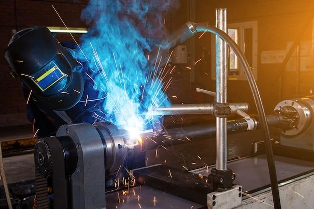 Saldatura meccanica dei metalli