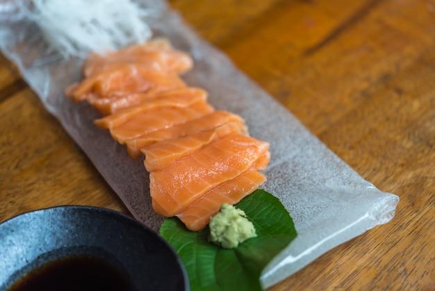 Salmone sashimi cibo giapponese
