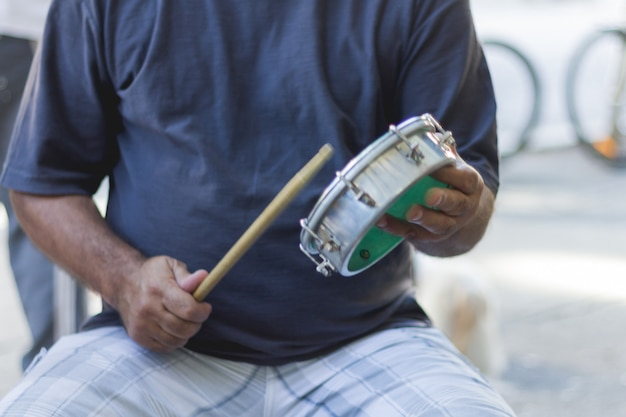 Samba fa parte della cultura carioca e una delle città più tradizionali dei circoli di samba