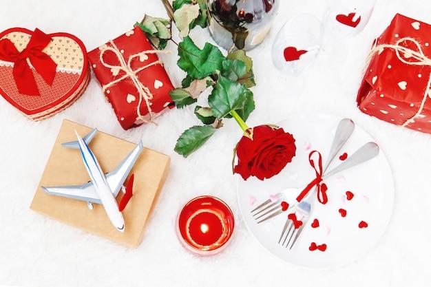 San valentino. un bel viaggio regalo. messa a fuoco selettiva