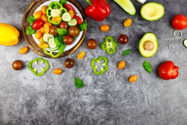 Sana insalata di verdure