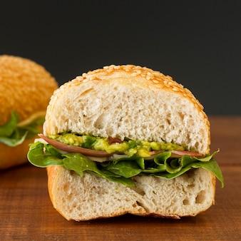 Sandwich organico di primo piano