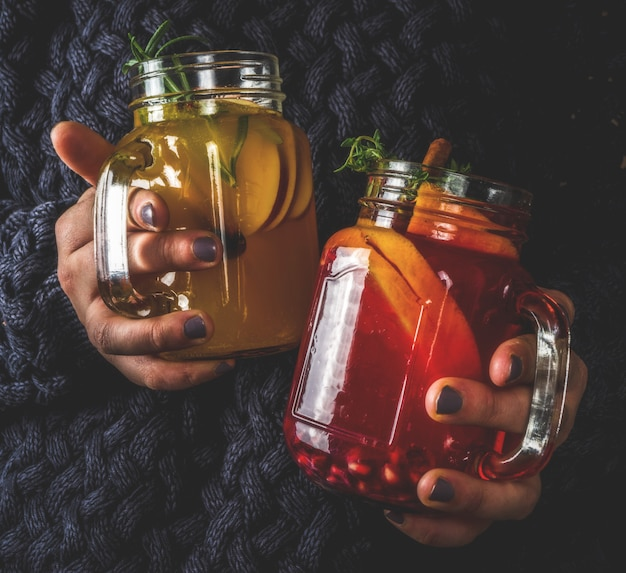Sangria invernale, vin brulè o brulè caldo