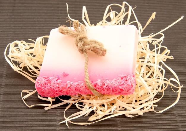 Sapone rosa sfumato