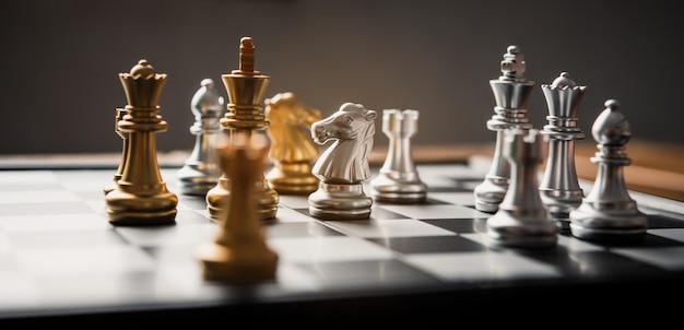 Scacchiera - un'idea imprenditoriale competitiva per avere successo.