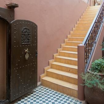Scala di un hotel, kasbah ellouze, ouarzazate, marocco