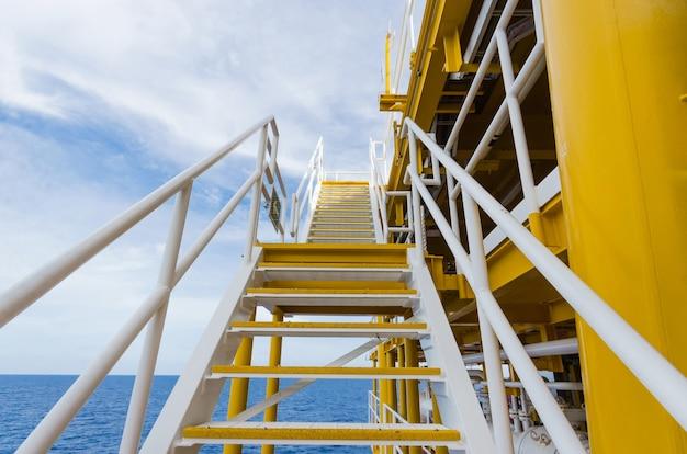 Scala su olio e impianto di gas. plateform offshore