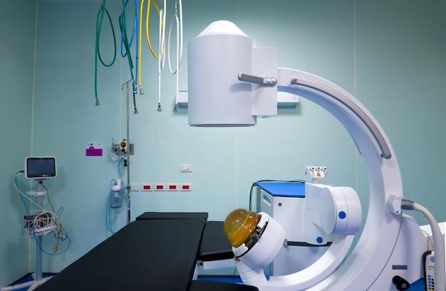 Scanner mri nella stanza d'ospedale