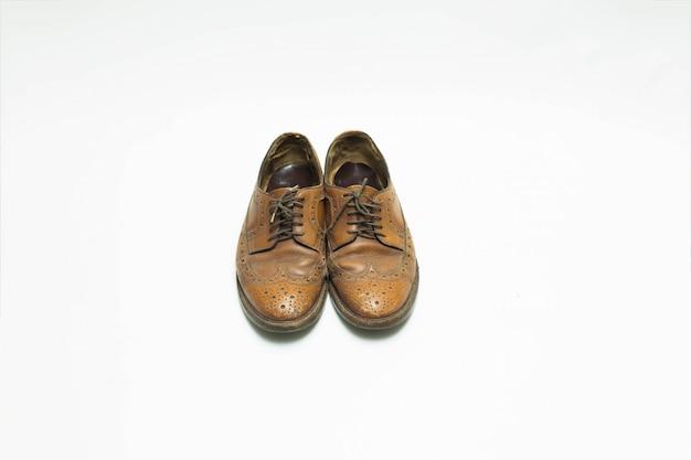 Scarpe in pelle isolate