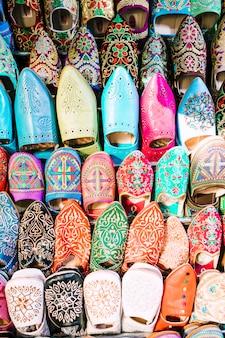 Scarpe sul mercato in marocco