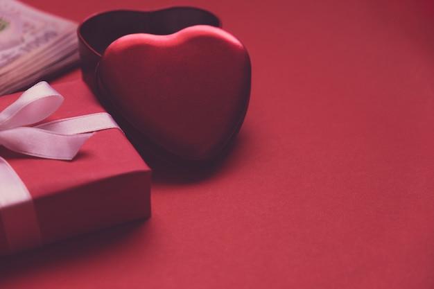 Scatola cuore rosso