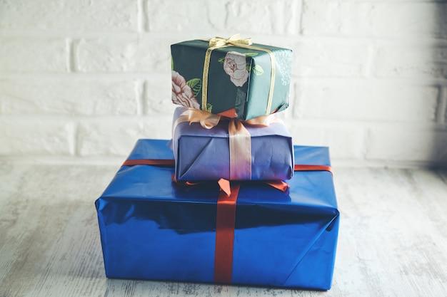 Scatole regalo diverse e belle