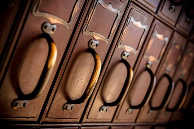 Scatole vintage dell'ufficio postale