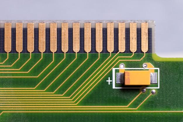 Scheda di circuito. tecnologia hardware per computer elettronico. chip digitale della scheda madre. sfondo di scienza tecnologica. processore di comunicazione integrato. componente di ingegneria dell'informazione.