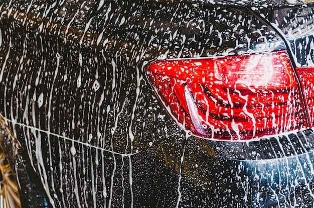 Schiuma auto lavaggio