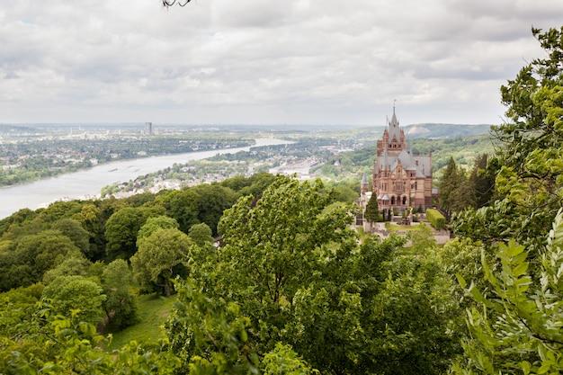 Schloss drachenburg, castello del drago a bonn