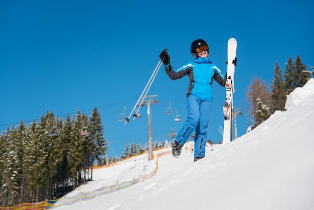 Sciatore donna divertirsi