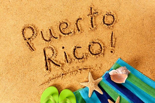 Scrittura sulla spiaggia di puerto rico