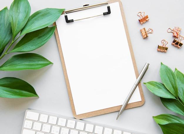 Scrivania funzionante