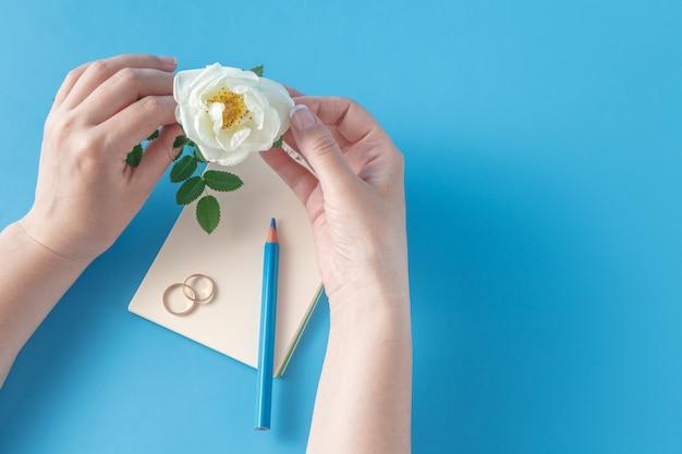 Scrivere invito a nozze