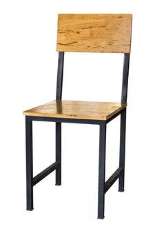 Sedia di legno isolata su bianco con il percorso di ritaglio