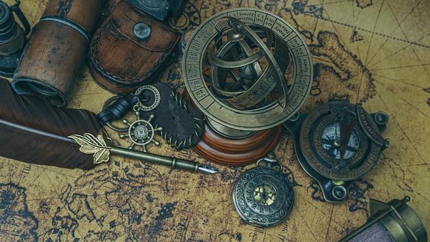 Segno zodiacale meridiana con piedistallo