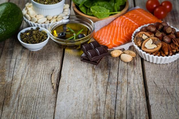 Selezione di alimenti nutritivi - cuore, colesterolo, diabete