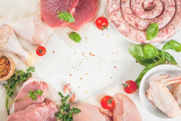 Selezione di carne cruda