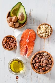 Selezione di fonti di grassi sani